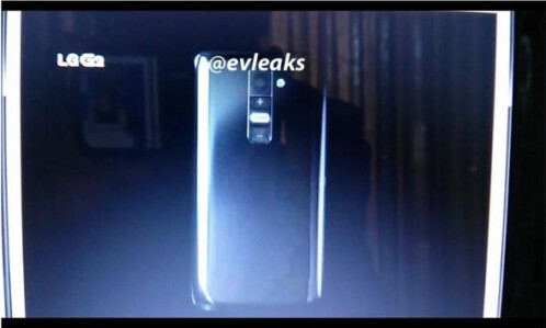 Leaked pictures of the LG G2