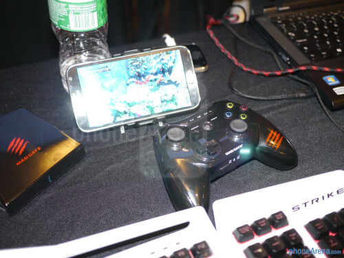Mad Catz MOJO Android Micro Console hands-on