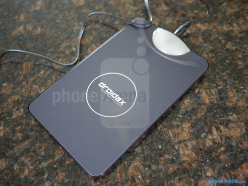 Droidax EzyCharge wireless charging kit hands-on