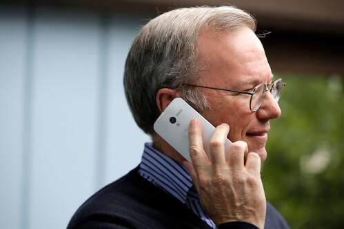 Google's Eric Schmidt photographed using Motorola Moto X