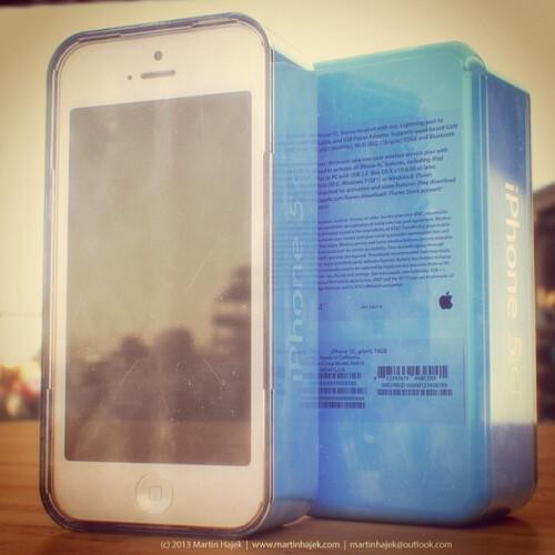 iPhone 5C renders