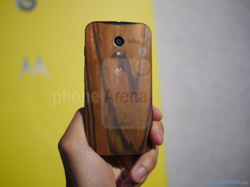 Moto Maker allows you to customize the look of the phone.