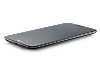 The LG G2 in black