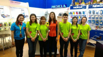 Nokia's Chris Weber took a picture of some Nokia fans on his trip to Thailand