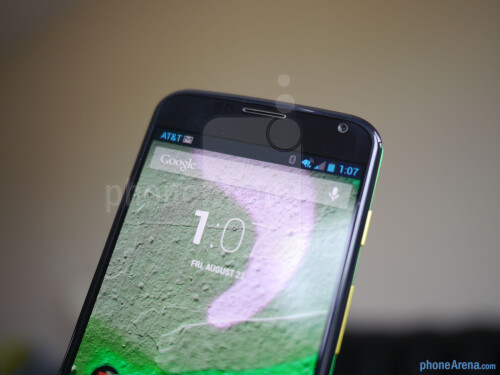 Moto Maker custom designed Moto X & Motorola Skip hands-on