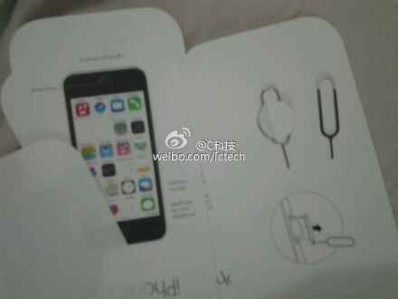 Photos of iPhone 5C manual reference card leak