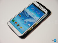 Acer-Liquid-S2-vs-Samsung-Galaxy-Note-2-4
