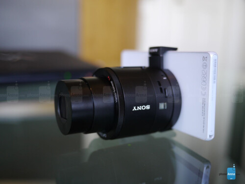 Sony Cyber-shot DSC-QX100 hands-on photos