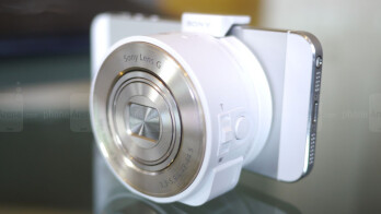 sony qx10. sony cyber-shot dsc-qx10 and dsc-qx100 hands-on qx10 e