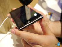 Sony-Xperia-Z1-hands-on-photos-56