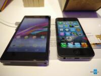 Sony-Xperia-Z1-vs-iPhone-5-4