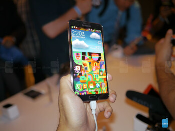 The Samsung Galaxy Note 3 packs a 5.7-inch 1080p Super AMOLED display.