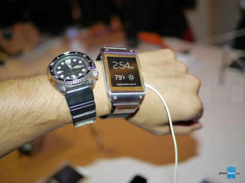 Samsung Galaxy Gear hands-on photos