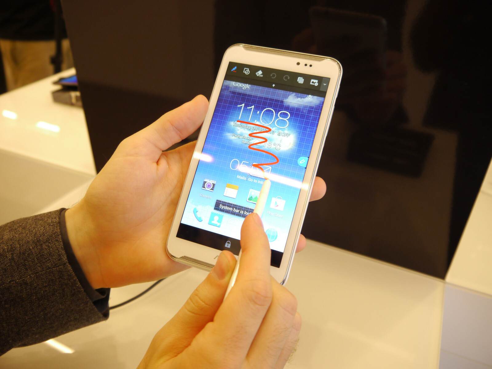 ASUS Fonepad: Pictures and a First Hands-on