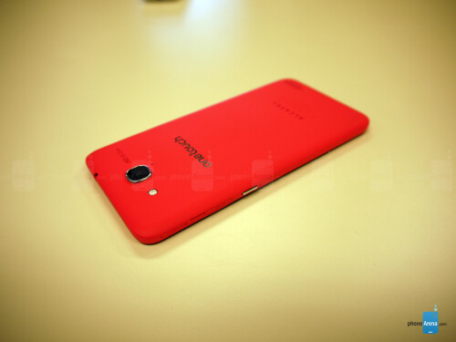 Alcatel One Touch Idol S Hands-on