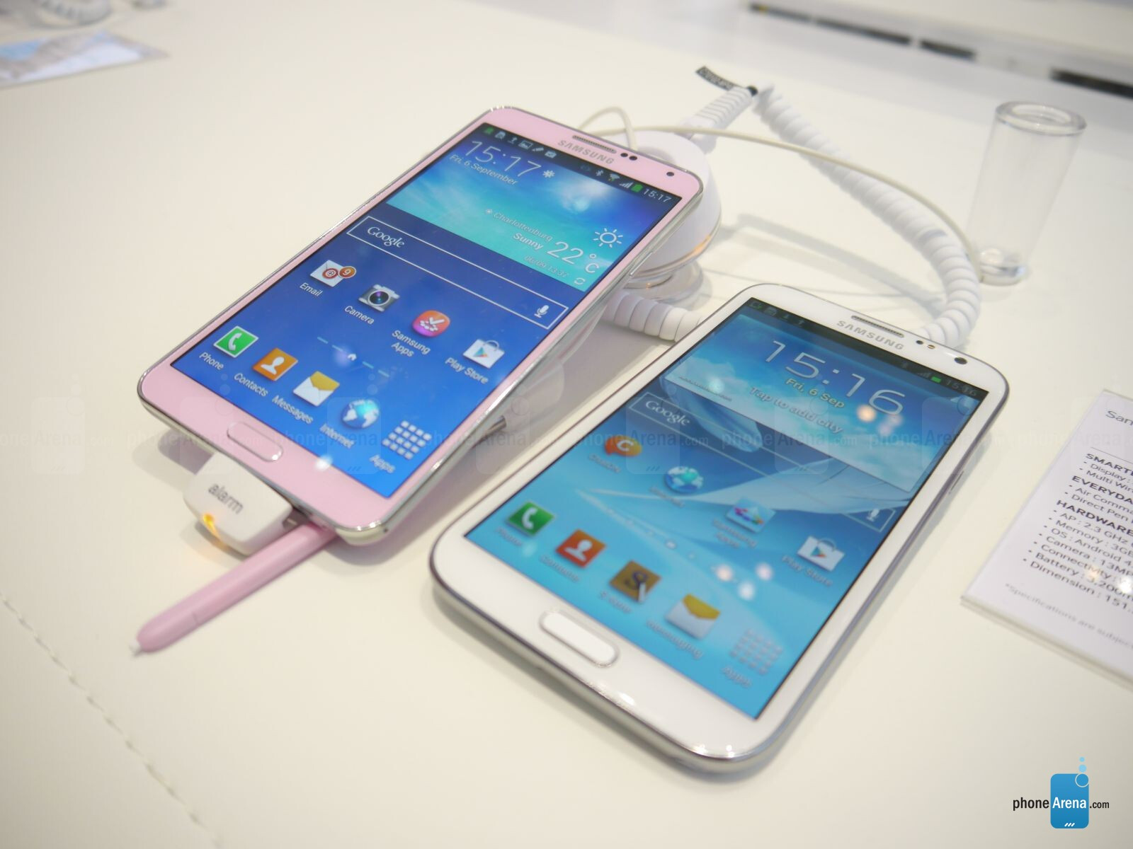 Samsung galaxy note 3 vs samsung galaxy note 2 first look for Housse telephone samsung galaxy note 3