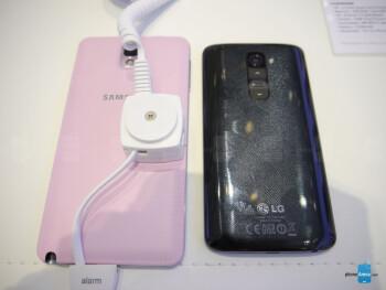 Samsung Galaxy Note 3 vs LG G2: first look