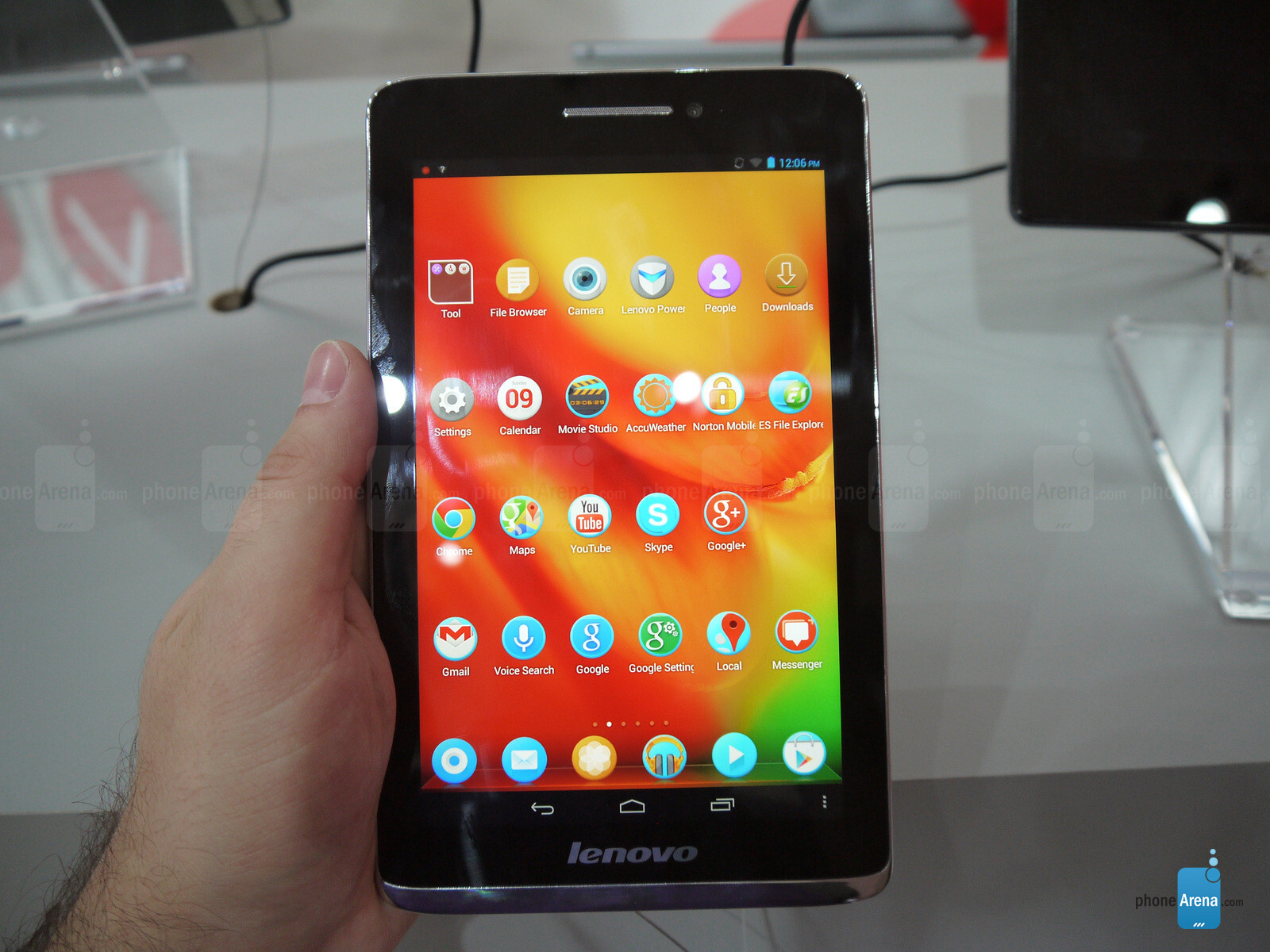 Lenovo S5000 Hands-on | PhoneArena reviews