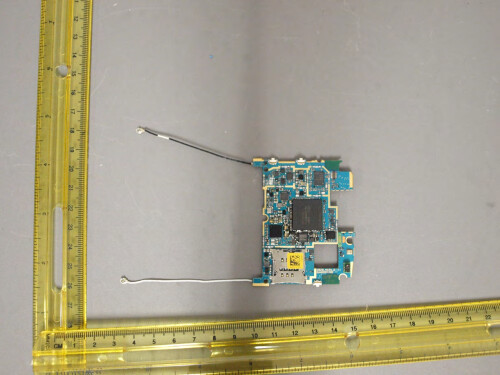 LG Nexus 5 fully assembled, torn down, and on camera in new filing