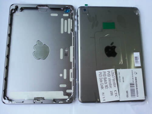 iPad Mini 2 in space gray examined from all sides