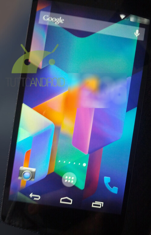 Nexus 5 and Android 4.4 screenshots show lockscreen changes and confirm Hangouts SMS