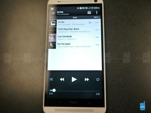 HTC One max screen shots