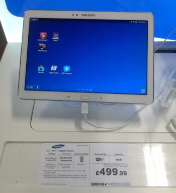While not launching in the U.K. until next week, here is the Samsung Galaxy Note 10.1-2014 edition on display at a U.K. retailer