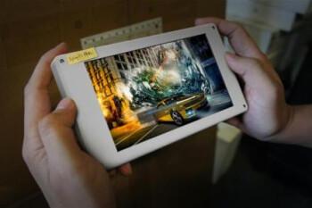 Vivo Xplay 3S phone 2560x1440 pixels screen snapped on a testing mule, looking huge