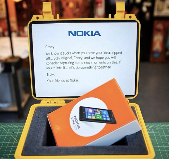 Nokia sends the filmmaker a free Nokia Lumia 1020 - Nokia gives free phone to filmmaker whose work was stolen by Apple