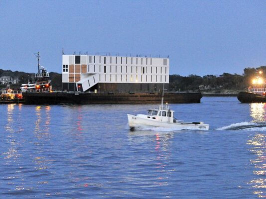 Google building a barge in San Fran Bay, is it a Glass store?
