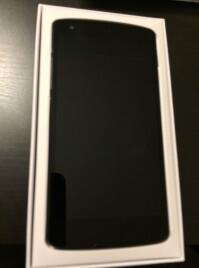 Nexus-5-unboxing-2