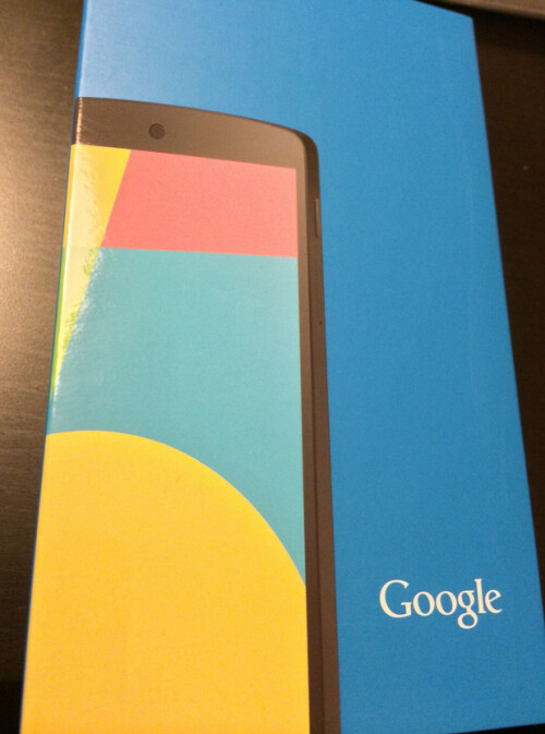 Nexus 5 appears in the flesh