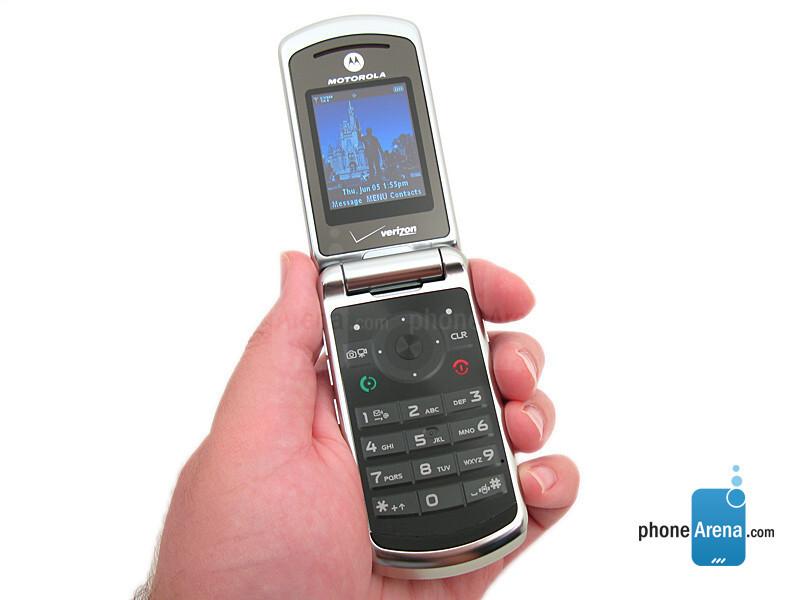 motorola moto w755 photos rh phonearena com Moto W755 Motorola Phones Motorola Moto Phone