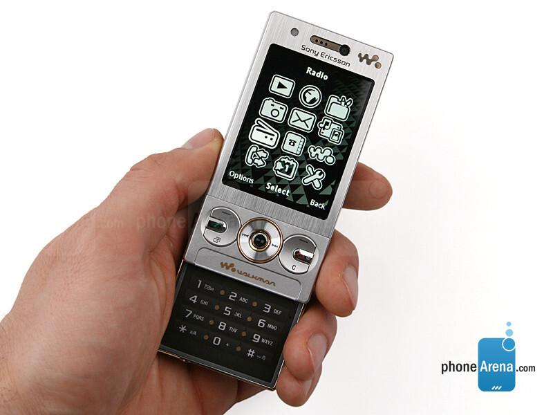 sony ericsson w705 photos rh phonearena com Sony Ericsson W900 sony ericsson walkman w705 manual