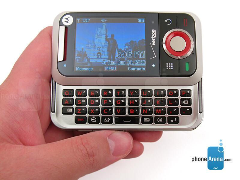 motorola rival photos rh phonearena com Motorola Cell Phones Sale Verizon Motorola A455 Rival