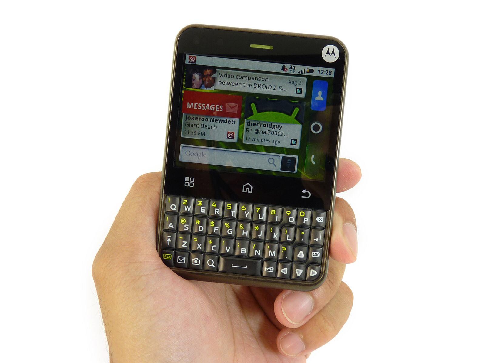 Motorola CHARM Photos