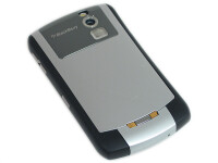 RIM-BlackBerry-Curve-Review-Design010.jpg