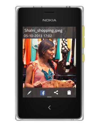 Nokia Asha 502 specs