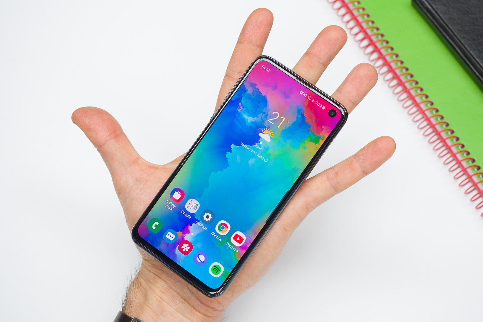 Samsung Galaxy S10e Review