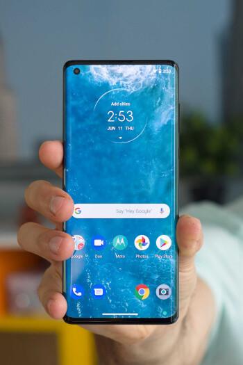 Motorola Edge Plus Review: Surprise of the year