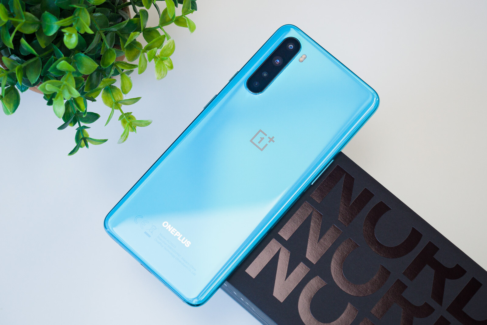 "OnePlus Nord Review: 2020 ""Nexus"""