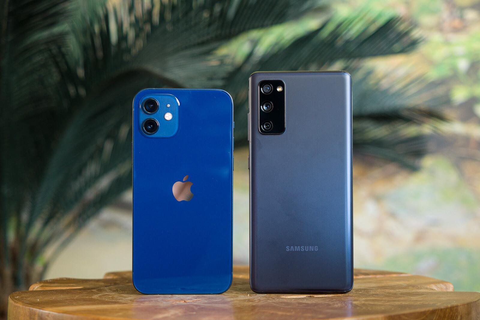 Apple iPhone 12 vs Samsung Galaxy S20 FE