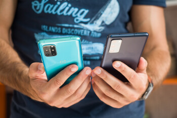 OnePlus 8T vs Samsung Galaxy S20 FE