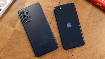 Samsung Galaxy A52 vs iPhone SE (2020)