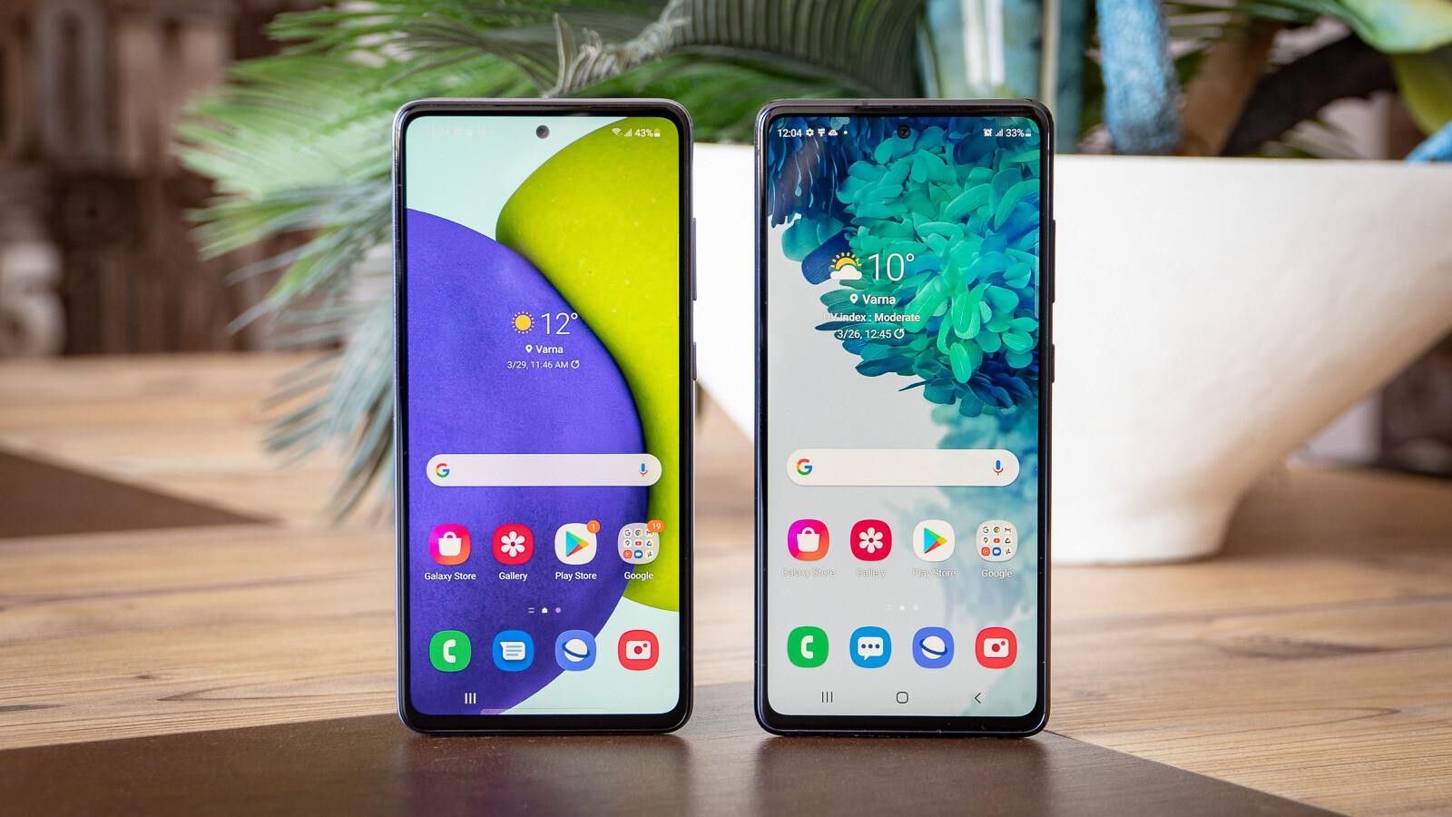 Samsung Galaxy A52 vs Samsung Galaxy S20 FE