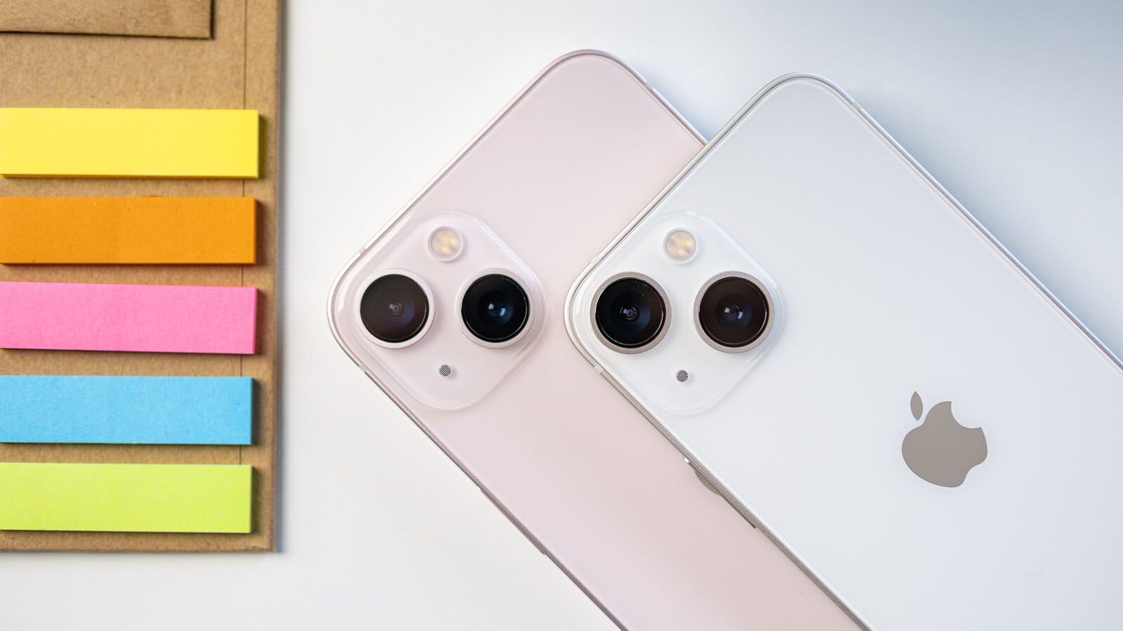 iPhone 13 mini vs. iPhone 13: Size matters!