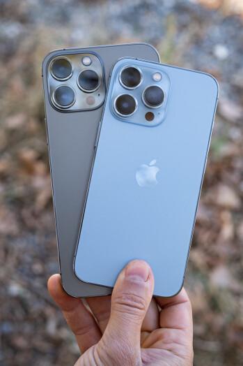 Apple iPhone 13 Pro Max vs iPhone 13 Pro