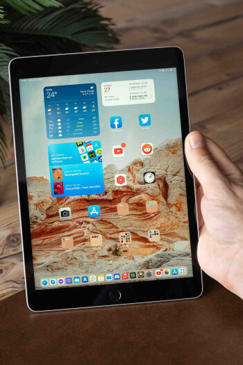 iPad 10.2 (2021) review: same old, same gold