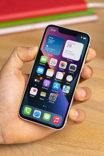 iPhone 13 mini review: the small phone that's actually good