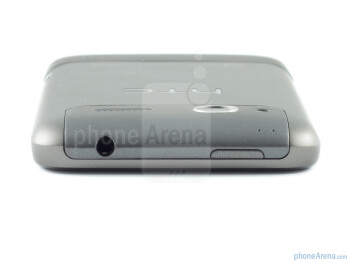 3.5mm jack and power button on top - HTC Radar Review